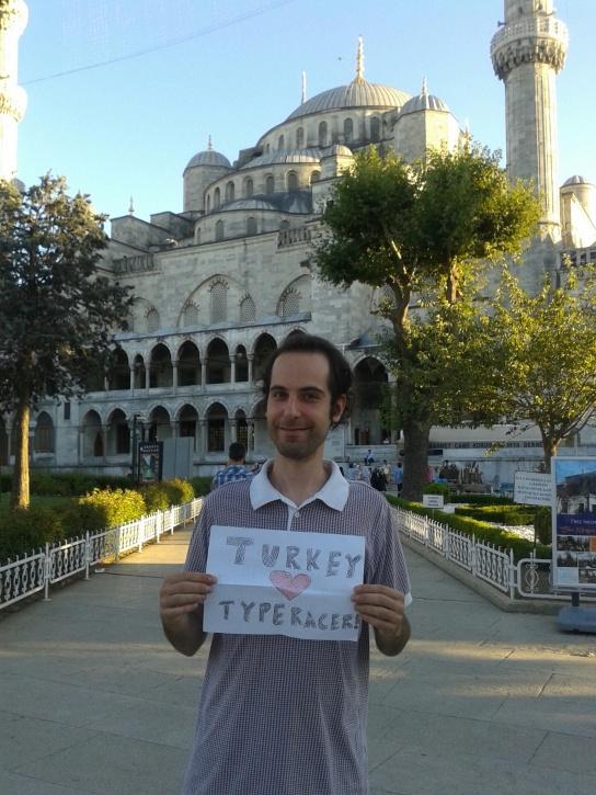 American Typeracer David Pritts (valikor) traveling in Istanbul, Turkey